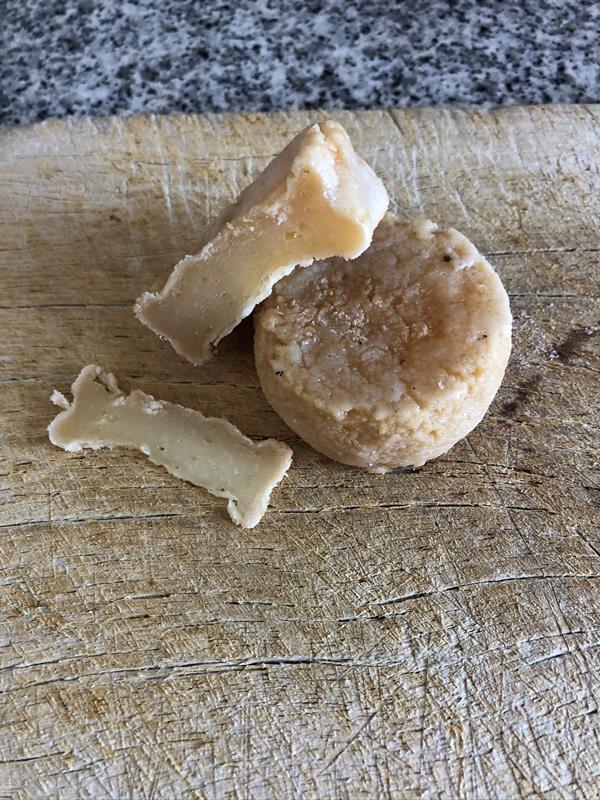 Queijo de Ovelha Curado, peso aprox. 130g