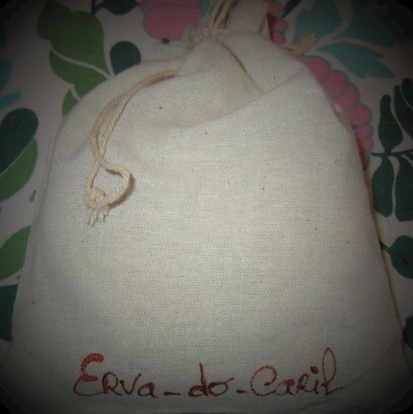Saquinhos de linhos com Erva-do-caril artesanais, saq. de 10 g  e 20 g