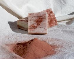 Sabonete de Rosmaninho e Argila Vermelha
